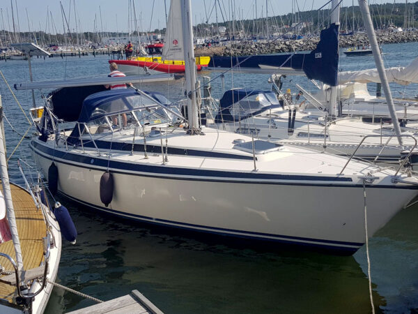 Segelbåt - Maxi 108